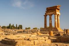 Ruiny świątynie w antycznym mieście Agrigento, Sicily Obrazy Royalty Free