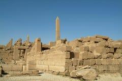 Ruiny Antyczna świątynia obelisk w Luxor i, bez ludzi, Thebes, UNESCO światowego dziedzictwa miejsce, Egipt, afryka pólnocna Zdjęcie Stock
