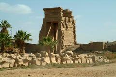 Ruiny Antyczna świątynia w Luxor, bez ludzi, Thebes, UNESCO światowego dziedzictwa miejsce, Egipt, afryka pólnocna Zdjęcie Stock