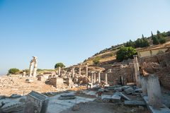 Ruiny antyczny miasto Ephesus staro?ytnego grka miasto w Turcja, w pi?knym letnim dniu obrazy stock