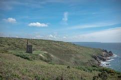 Ruiny blaszana kopalnia Cornwall suną Zjednoczone Królestwo zdjęcia stock