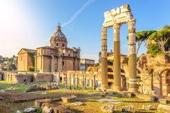 Ruiny Caesar forum i świątynia Wenus Genetrix w Rzym, Włochy obrazy stock