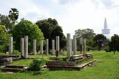 Ruiny Dagoba i Ruwanwelisaya Zdjęcie Royalty Free