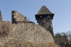 Ruiny Grodowy Nevytske blisko Transcarpathian regionu centrum, Uzhgorod fotografia ruina budować grodowego wieka nevitsky ruiny U Fotografia Stock