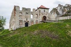 Ruiny grodowy Rabsztyn na śladzie orzeł gniazdują Zdjęcia Stock