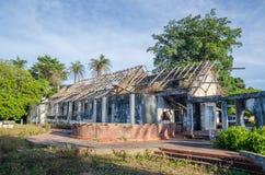 Ruiny jak tylko uroczysty dwór lub stróżówka na wyspie Bubaque w Bijagos archipelagu gwinea Bissau, afryka zachodnia Zdjęcia Royalty Free