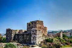 Ruiny krzyżowa fort w Byblos, Jubayl Liban fotografia stock