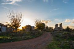 Ruiny na wiejskiej drodze, Grecja Obrazy Royalty Free