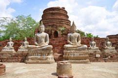 Ruiny przy Watem Yai Chai Mongkol w Ayutthaya Obrazy Royalty Free