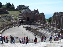 Ruiny starożytny grek i rzymski theatre w Taormina Fotografia Stock