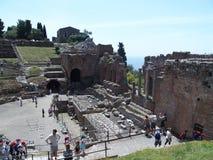 Ruiny starożytny grek i rzymski theatre w Taormina Zdjęcia Stock