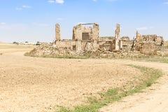 Ruiny stary dom w wsi Zdjęcia Royalty Free