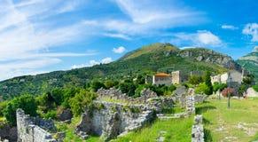 Ruiny wśród gór obrazy royalty free
