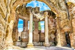 Ruiny Wielcy skąpania przy willą Adriana, Tivoli obraz stock
