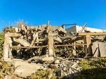 Ruiny zbrojone betonowe budowy zdjęcie royalty free