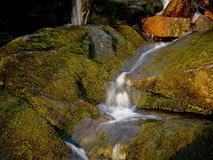 Ruisseau circulant Images stock
