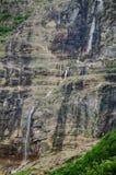 Ruisselet et forêt alpins de mountaine en parc national d'Ordesa Photos libres de droits
