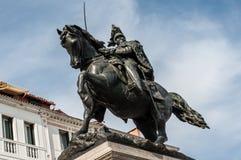 Ruiter monument aan Kampioen Emmanuel II Royalty-vrije Stock Fotografie