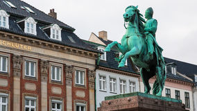 Ruiterstandbeeld van Absalon op Hojbro Plads Stock Foto