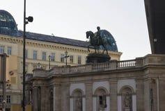Ruiterstandbeeld van het museum van Franz Joseph en van Albertina Stock Fotografie