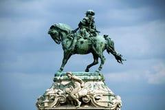 Ruiterstandbeeld van Prins Eugene van Savooiekool in Buda Castle, Boedapest stock foto