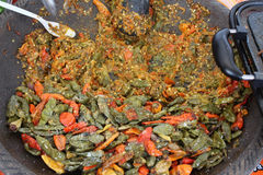 Rujak épicé indonésien traditionnel de sauce à piments d'aliments de préparation rapide de casse-croûte de sambal Photographie stock