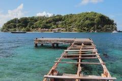 Rujnująca mola i potomstw wyspa Kingstown, święty Fotografia Royalty Free