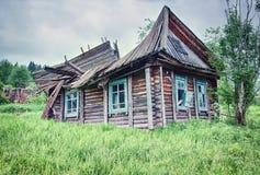 Rujnujący dom na wsi Fotografia Royalty Free