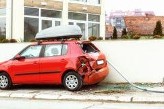 Rujnujący samochód w parking Fotografia Stock