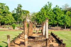 Rujnujący vihara przy Sukhothai, Tajlandia Obrazy Royalty Free
