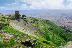 Rujnuje rzymskiego amphitheatre amfiteatr w Pergamum Pergamon, T Obrazy Royalty Free