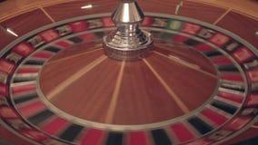 Ruleta en el casino Descensos número seis almacen de metraje de vídeo