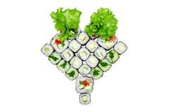 Rulla fastställd grönsallat, rulla med gurkarulle med avokadot, rulle med havsväxtnolla Royaltyfri Foto