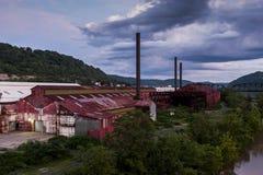 Rulla stålBenwood arbeten - Benwood, West Virginia Arkivbilder