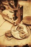 Rullar för filmprojektor och film arkivfoto