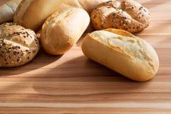 Rullar för nytt bröd Arkivbild