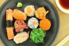 rullar olika sushi Royaltyfri Foto