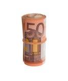 Rulle av 50 euroräkningar Arkivbild