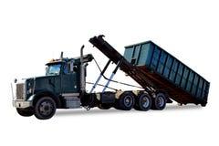 Rulle av lastbilen som lastar av avfallscontainern för avfallbehållare Arkivbild