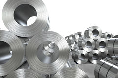 Rulle av stålarket i fabrik Arkivfoto