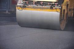 Rullo dell'asfalto fotografia stock