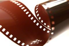 rullo di pellicola di 35mm, arricciato. Immagini Stock