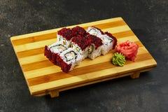 Rullo di sushi giapponese fotografie stock libere da diritti