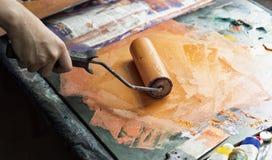 Rullo per l'applicazione della pittura sul formulario Fotografia Stock