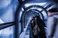 Rulltrappatunnel i Umeda himmel som bygger Osaka Japan Arkivbilder