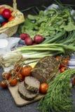 Rumäne-Ostern-Lebensmittel mit Drob stockbilder