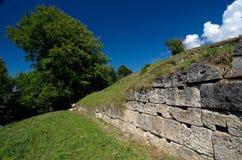 Rumänien - Dacian fästning av Costesti-Blidaru royaltyfri fotografi