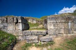 Rumänien - Dacian fästning av Costesti-Blidaru arkivfoton