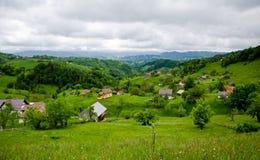 Rumänien-Dorf stockfotos