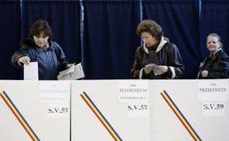 Rumänien-Präsidentenwahlen stockbilder